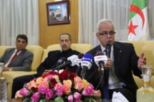 وزير الاتصال السيد حميد قرين من عنابة يصرح عن وجود خمسة قنوات معتمدة فقط من بين 30 قانة