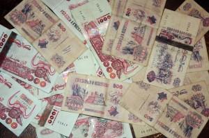 عمال الإدارات والمؤسسات العمومية سيستفيدون من زيادات تصل الى إلى 8 آلاف دينار